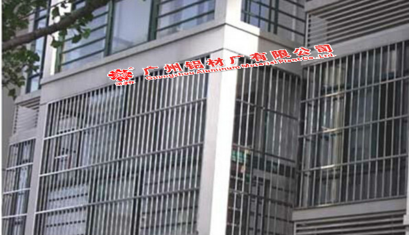 珠海别墅铝合金阳台定做/楼盘防盗网v别墅安装最新清远别墅门窗图片
