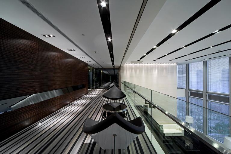 郑州复式现代风格办公室装修之走廊休闲区