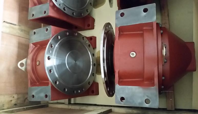 西藏搅拌车减速机液压泵马达图片