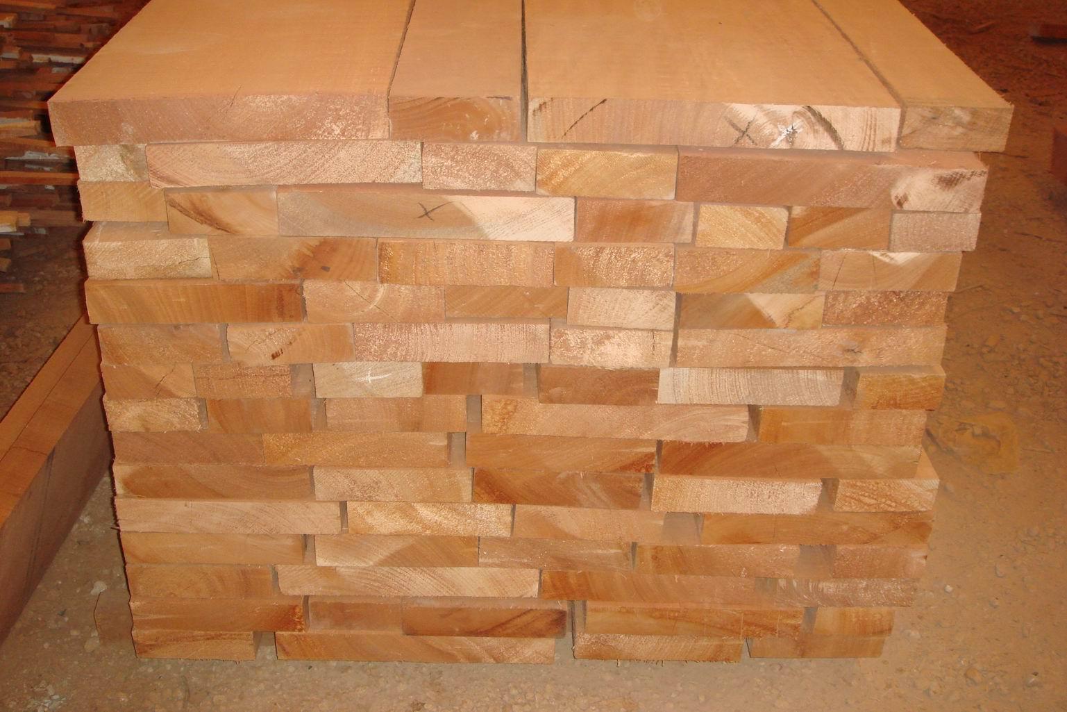 缅甸越南老挝花梨原木板材家具进口 上海哪家报关公司好 木材进口报关