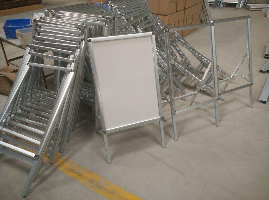 不锈钢展板海报架 开启式海报架