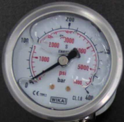 coltrisub浅谈呼吸空气压缩机的压力表图片