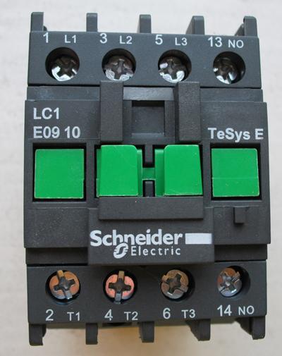 施耐德交流接触器 lc1-e0910f5n
