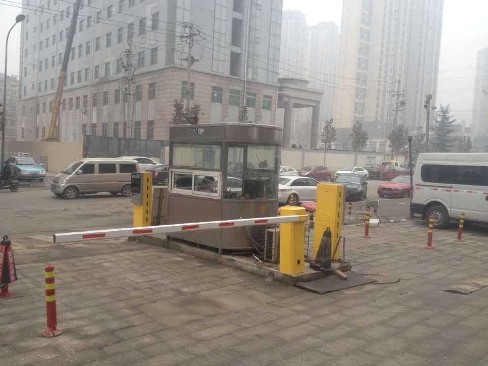 青岛车牌识别价格,黄岛栅栏道闸系统