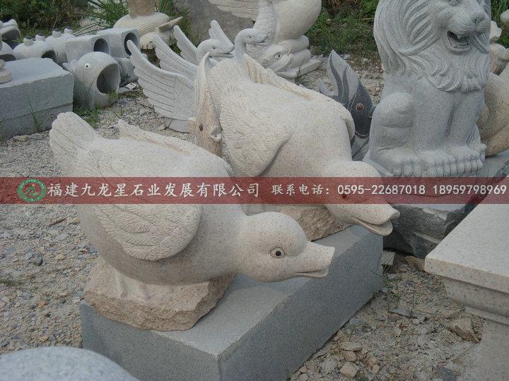 石雕厂定做加工喷水动物 石雕喷水鱼 水幕墙挂件