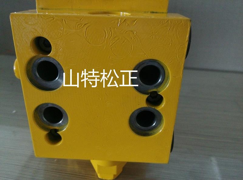 重庆挖机配件pc60-7自压减压阀702-21-09155 小松配件 小松挖机配件图片