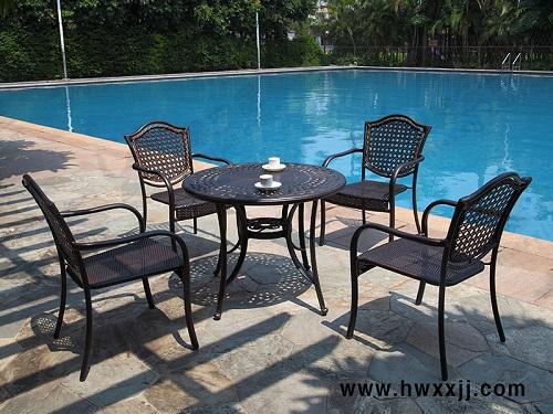 餐厅家具 餐桌  品 牌:馨宁居户外休闲家居 铸造桌椅 铸铝桌椅 铸铁