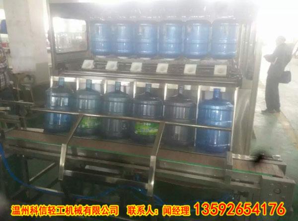 纯净水生产设备,灌装机