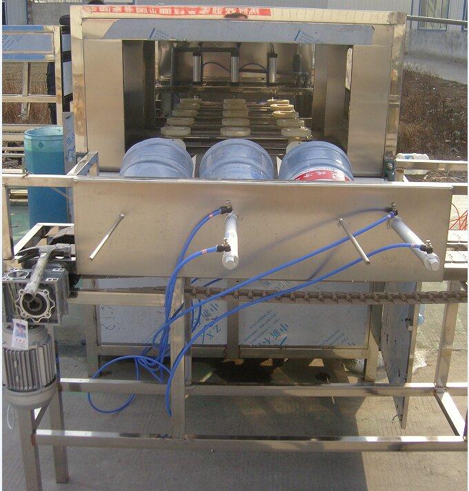 全自动桶装水厂灌装机生产厂家