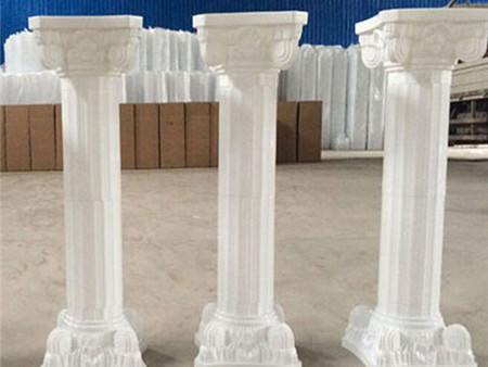 钦州欧式构件 宝利芳石业高性价欧式罗马柱新品上市图片