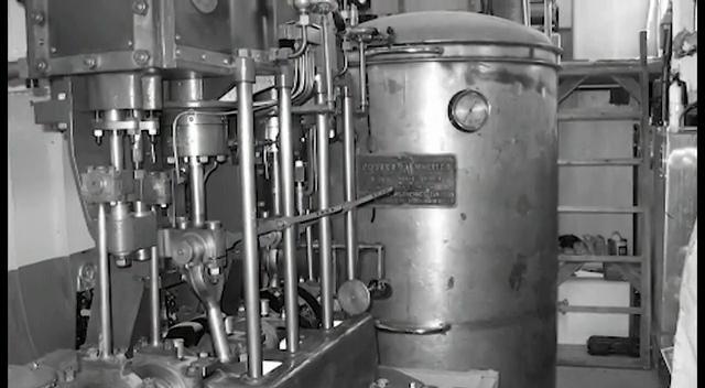 即锅炉,汽轮机,发电机来实现.在锅炉中.