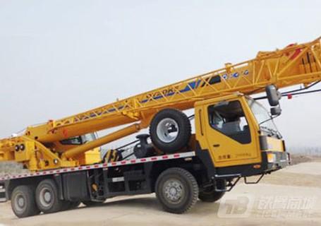 徐工12吨吊车报价_徐工25吨吊车可以分期付款吗-