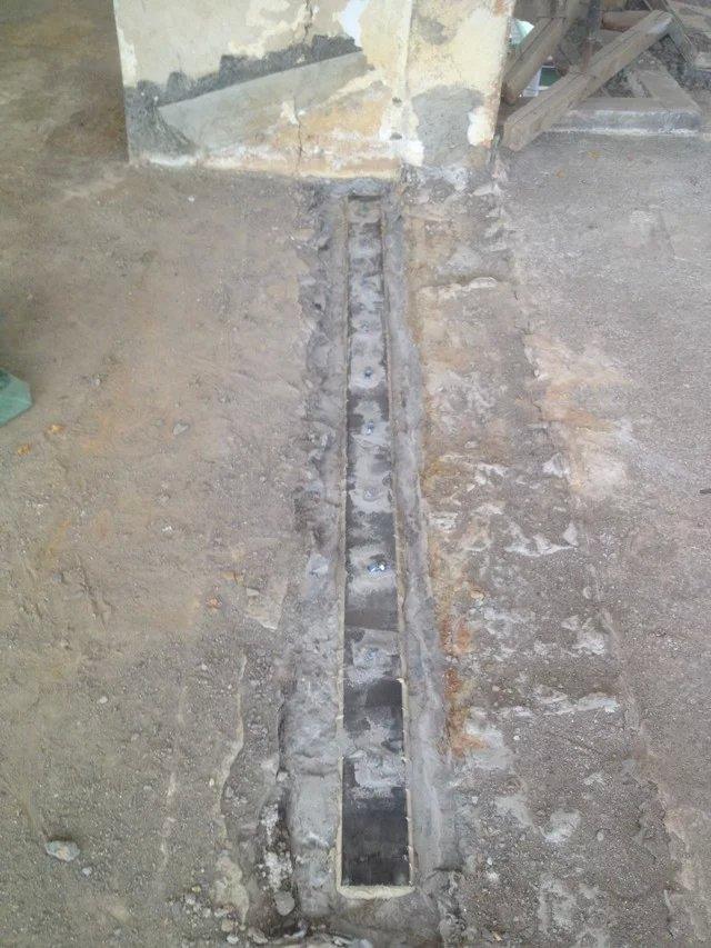2,建筑结构胶将钢板(型钢)与混凝土紧密粘接,将加固件与被加固体