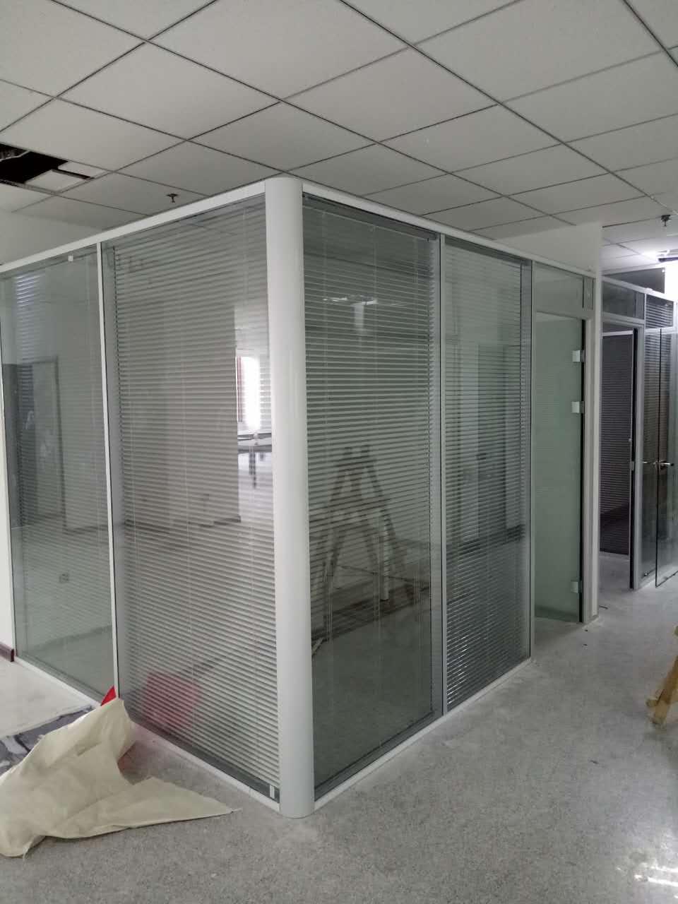 天津写字楼办公室隔断墙|玻璃隔断|玻璃门厂家定制