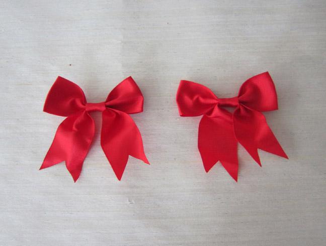 长期供应玫瑰纸花 红色蝴蝶结 婚庆花 等礼品配件