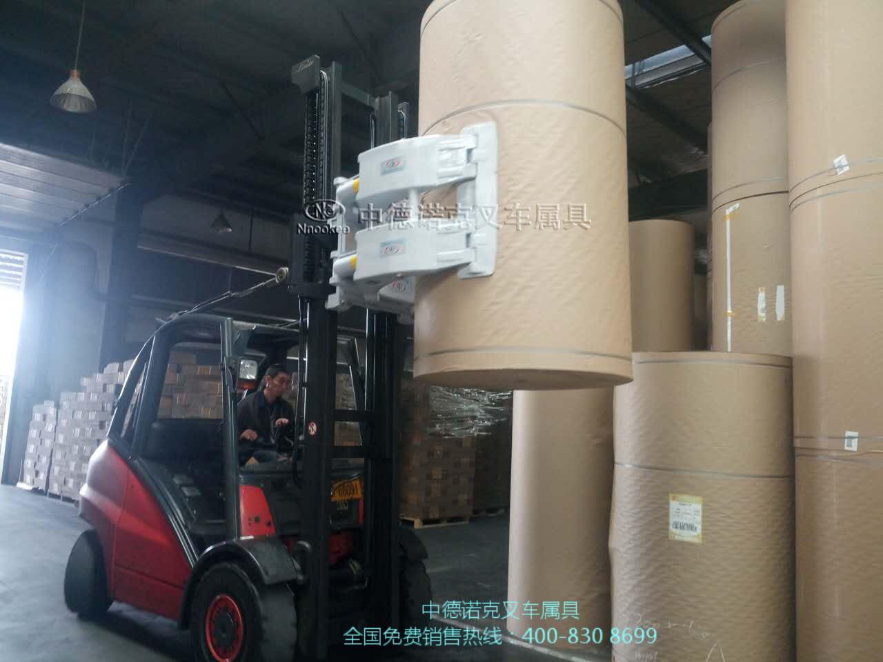 供应瓶装水搬运机械/桶装水搬运车/箱装水搬运设备