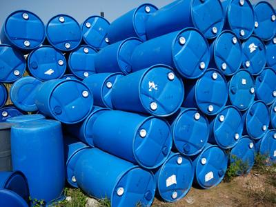 东莞市常平正鑫油桶厂提供具有口碑的回收吨