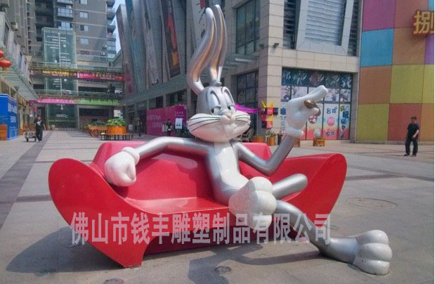 玻璃钢雕塑兔子,玻璃钢动物雕塑 酒店玻璃钢雕塑