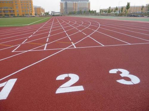 标准400米塑胶跑道造价是多少