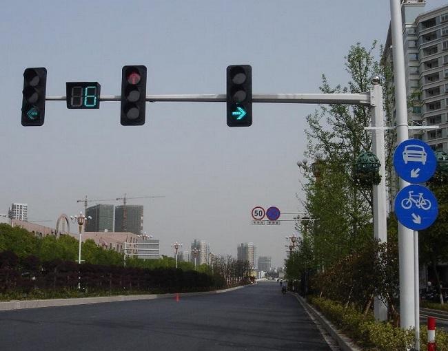 t型红绿灯走法图解