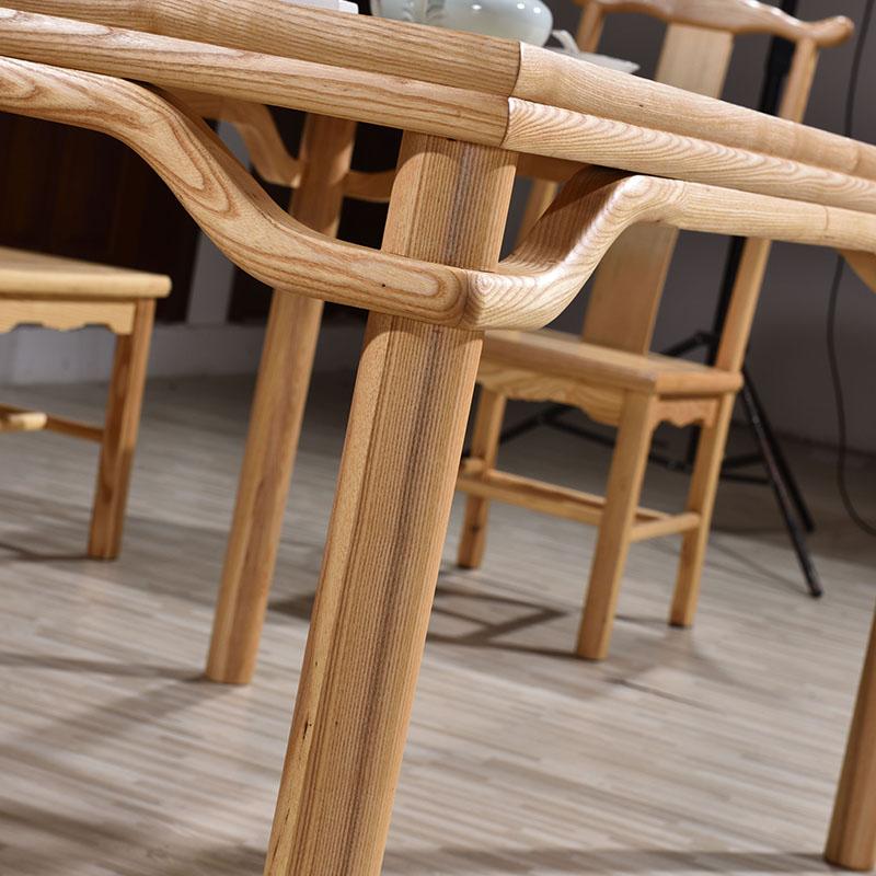 产品均采用优质木材,在仿明清家具的基础上以细致的工艺,,以求完美