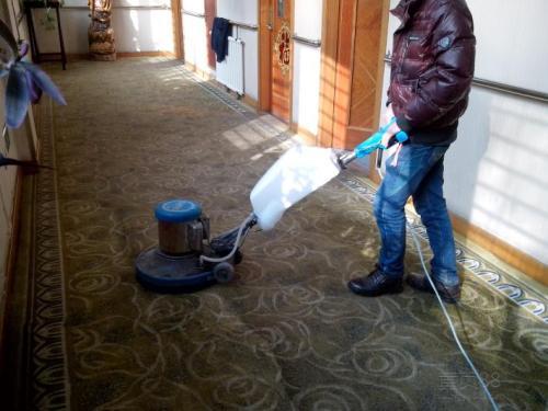 亚运村化纤/羊毛/真丝地毯清洗--价格低低低低低