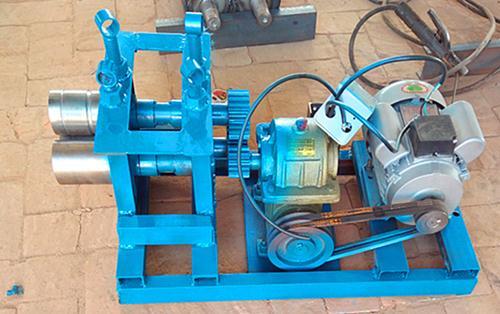 弥渡县小型卷圆电动钢筋机