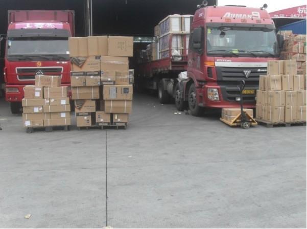 雅安雨城返程车配货物流/找专业的可靠的车队