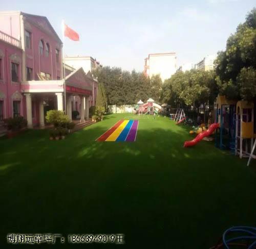南京围挡人造草坪信得过产品