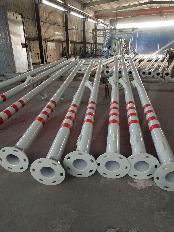 内蒙古自治包头双悬臂信号灯杆生产厂家