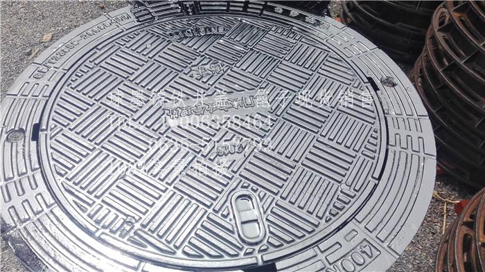 产地:聊城内圆900球墨铸铁防沉降井盖厂家现货
