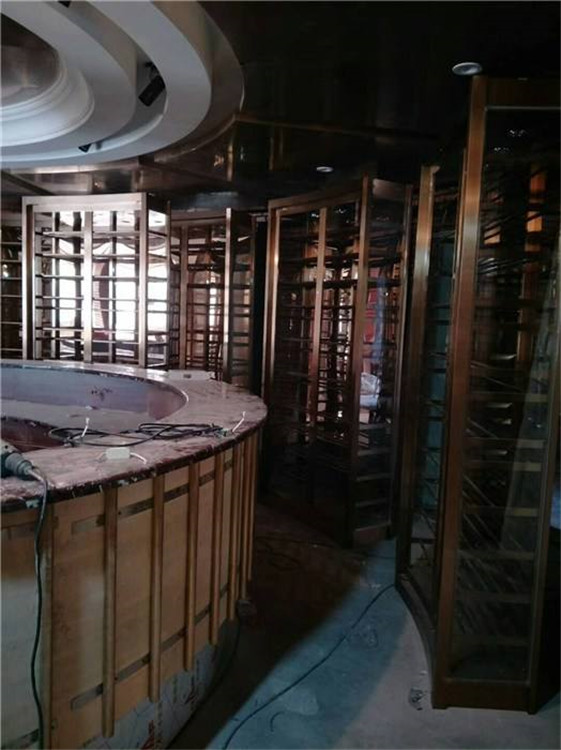 媳给父亲�_邢台专业酒窖设计定制 红酒柜定制 酒柜设计_上海镒凯