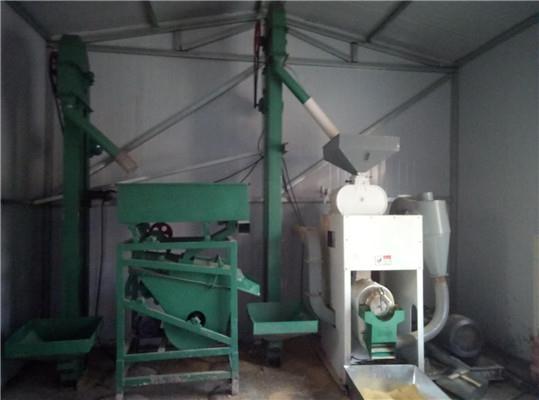 丹东市成套叙文碾米机供应商一记稻谷那高中天图片