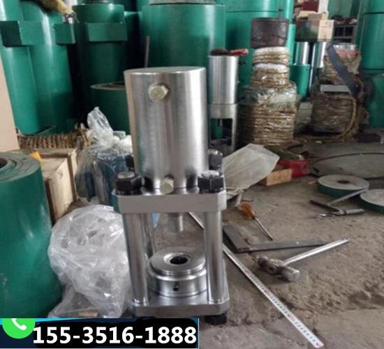 新疆乌鲁木齐电动油泵千斤顶锚具锚索挤压机