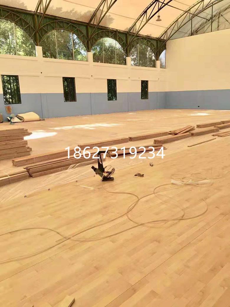 下陆区风雨操场体育木地板翻新划线