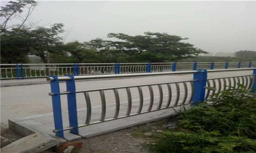 北海不锈钢复合管道路护栏厂家-华坤金属