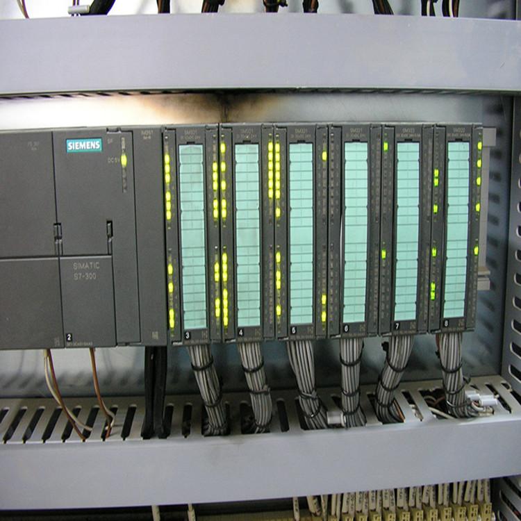 新闻西门子6ES7 421-1FH20-0AA0接线方式
