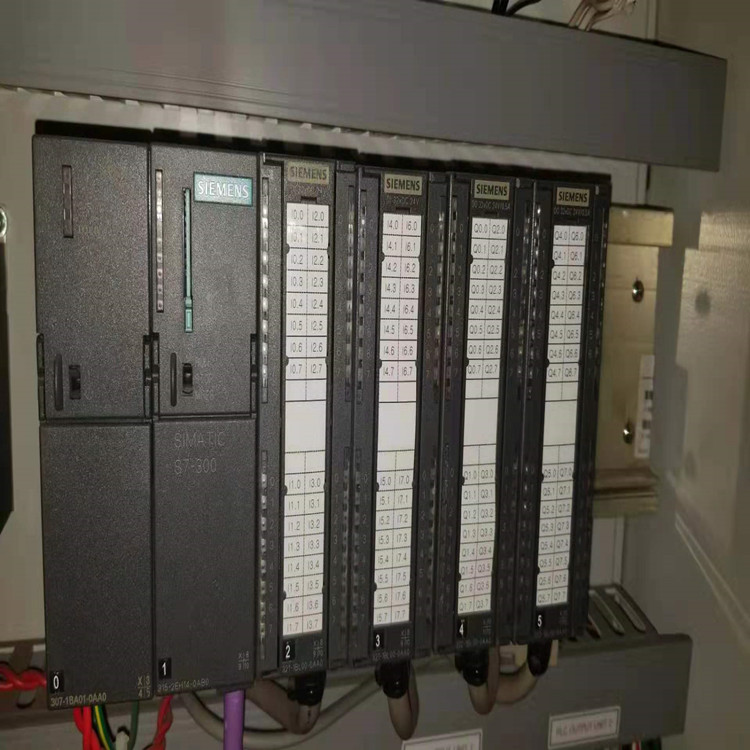 西门子6AU1240-1AB00-0AA0可编程控制器