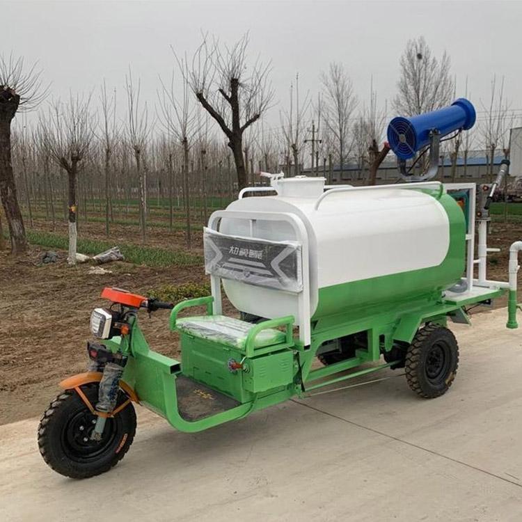 自贡三轮洒水车绿化洒水车