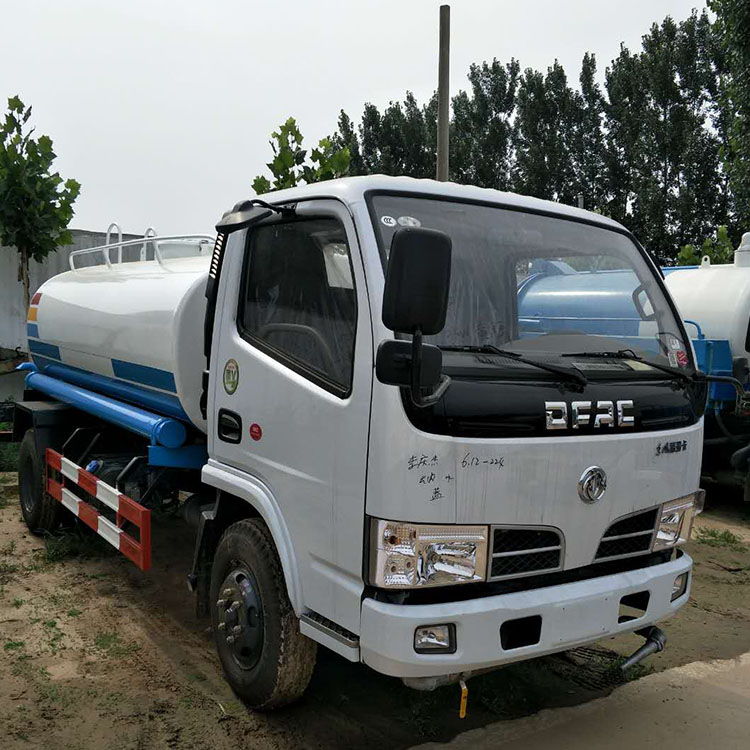 九江小型机动三轮洒水车环卫电动洒水车