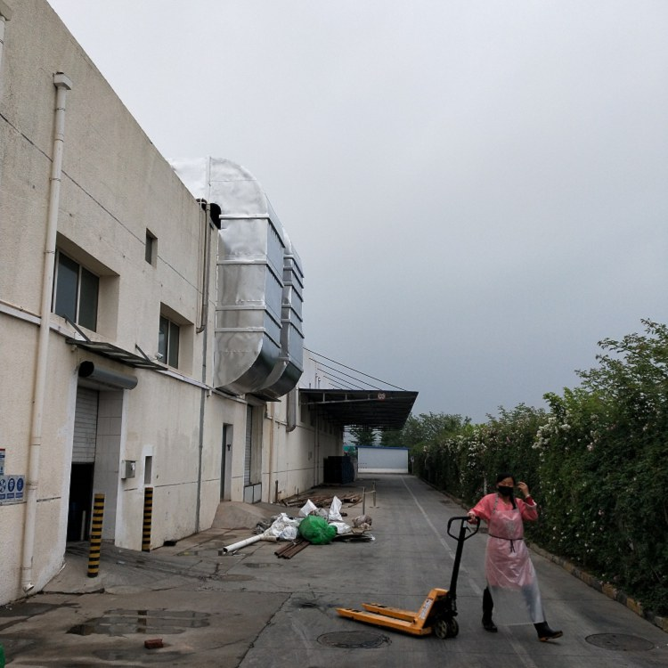 漢中市管道做保溫施工怎么包鐵皮