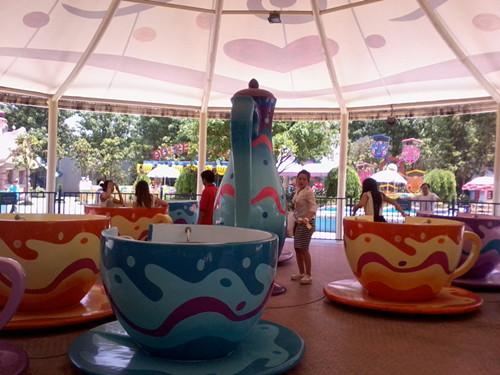 公园定制旋转咖啡杯 郑州金山专业生产旋转咖啡杯厂家旋转咖啡杯价格旋转咖啡杯厂家直销