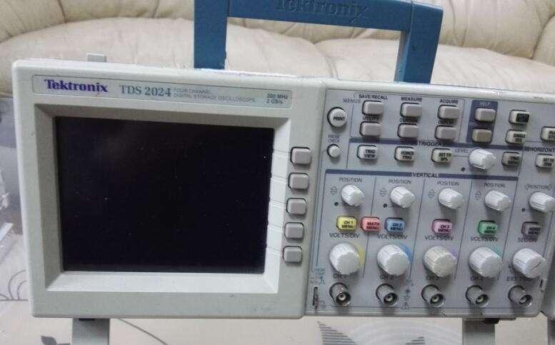 贵州仪器TDS2024B示波器二手回收TDS2024B价格示波器TDS2024B泰克TDS2024B