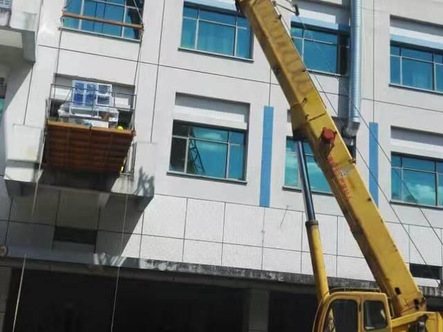 深圳南山吊車公司